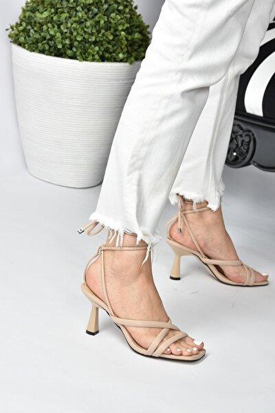 Kadın Ten Bilek Bağlamalı Topuklu Ayakkabı K404070209