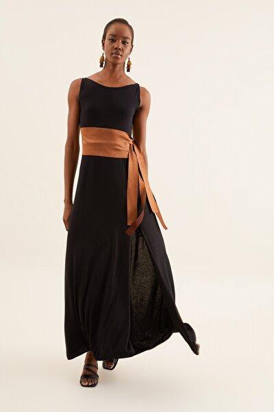 Kadın Siyah Süet Kemerli Elbise