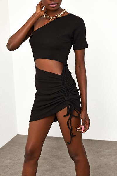 Kadın Siyah Yanı Büzgülü Detaylı Elbise 1YZK6-11816-02