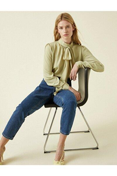 Kadın Yeşil Fular Yaka Uzun Kollu Bluz