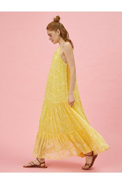 Kadın Sarı Desenli Halter Yaka Uzun Elbise