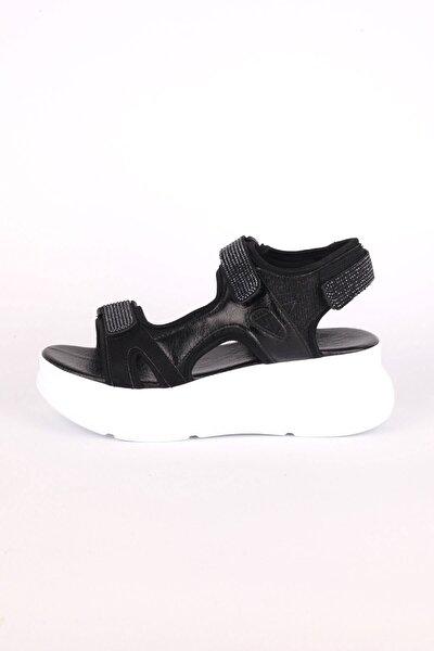 Kadın Siyah Taşlı Sandalet