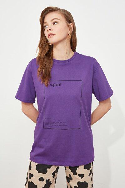 Mor Baskılı Boyfriend Örme T-Shirt TWOSS20TS0755
