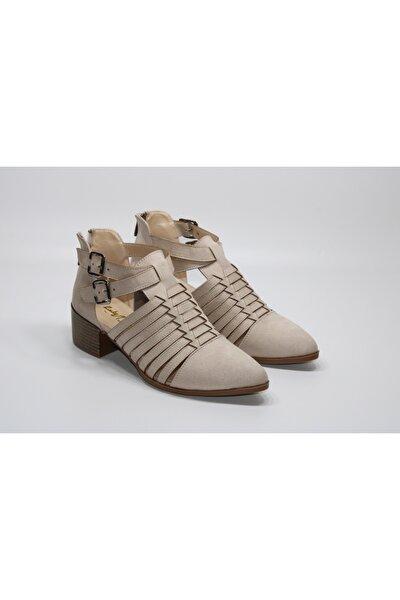 Tokalı Krem Yazlık Günlük Sandalet