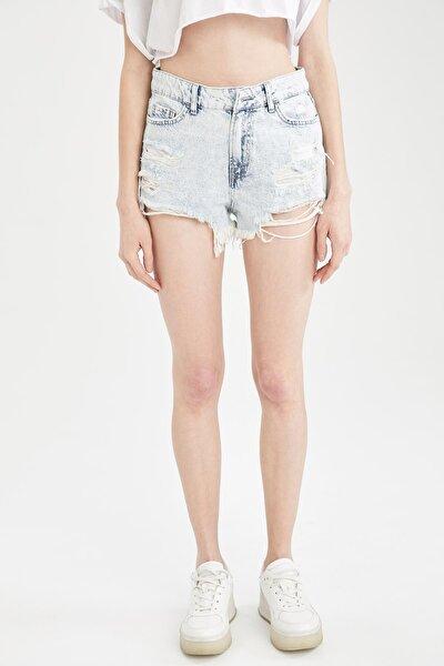 Kadın Mavi Yüksek Bel Yırtık Detaylı Jean Mini Şort U6494AZ21SMNM