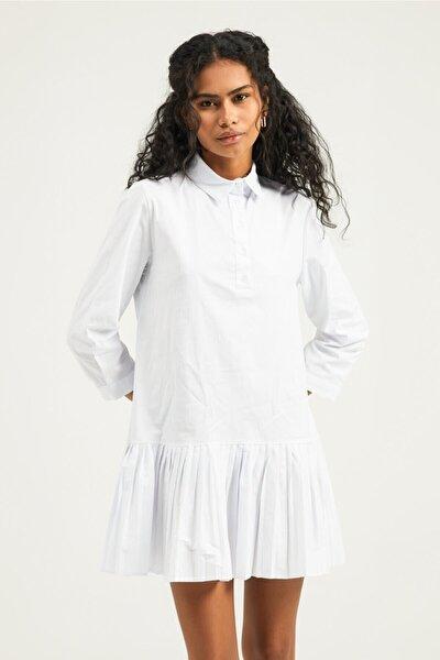 Kadın Beyaz Piliseli Gömlek Elbise