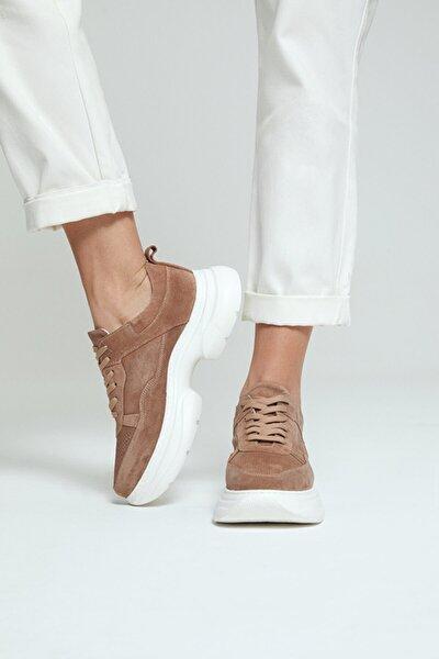 Kadın Süet Deri Kalın Tabanlı Sneaker