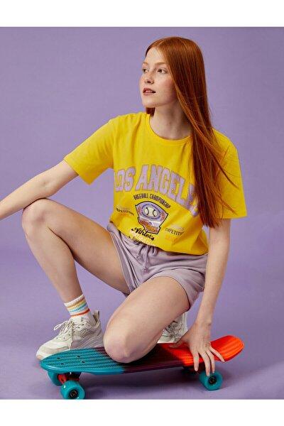 Kadın Sarı Baskili Bisiklet Yaka Pamuklu Tişört