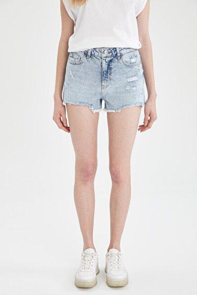 Kadın Mavi Yüksek Bel Yırtık Detaylı Jean Mini Şort U2960AZ21SMNM