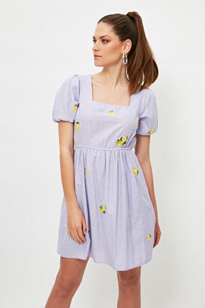 Lila Nakışlı Elbise TWOSS21EL4023