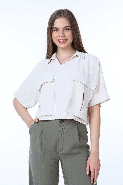 Kadın Beyaz Gömlek Yaka Aplike Cepli Crop Bluz - 1001