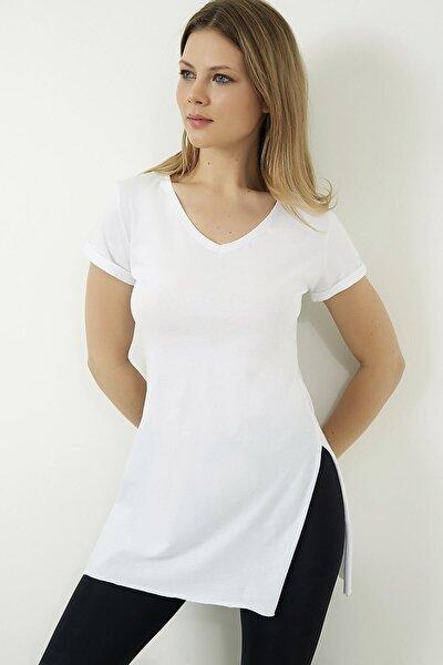 Kadın Beyaz V Yaka Yarasa Kol Basic T-shirt