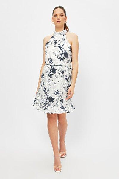 Beyaz Kuşaklı Desenli Elbise TWOSS21EL2988