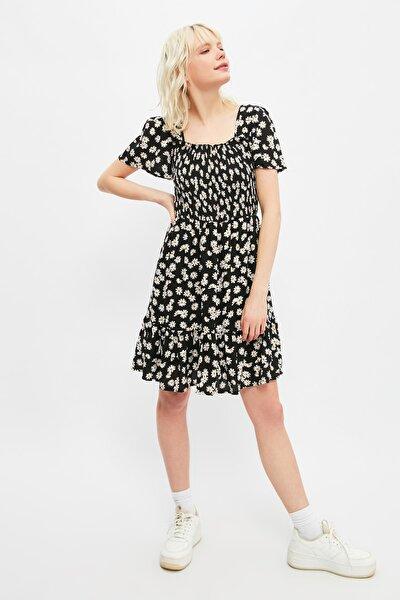 Siyah Gipe Detaylı Elbise TWOSS21EL3004
