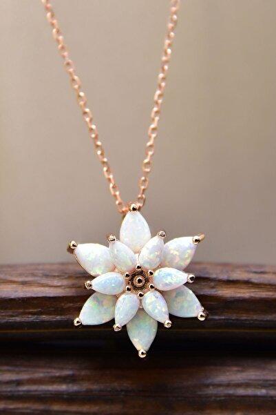 Kadın Beyaz Opal Taşlı Kamelya Gümüş Kolye