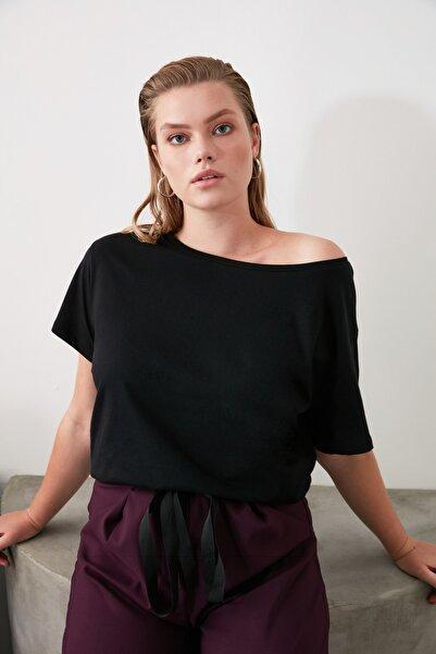 Siyah %100 Pamuk Kayık Yaka Boyfriend Örme T-Shirt TWOSS20TS0140