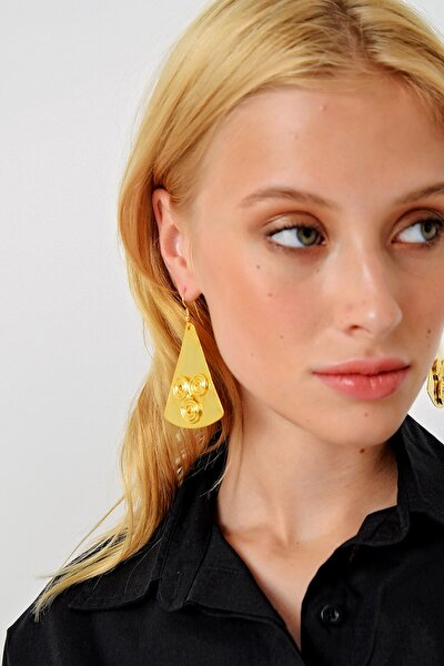 Kadın Gold Gold İşlemeli Üçgen Kolye ALC-A1982