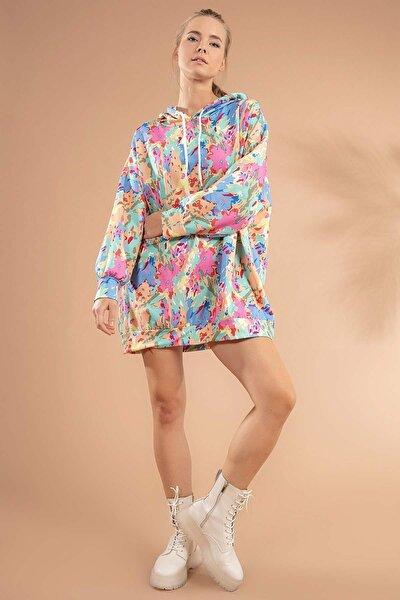 Kadın Pembe Kamuflaj Baskılı Kapşonlu Sweatshirt Elbise Y20W110-4125-24