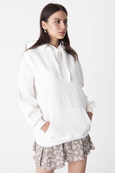 Kadın Ekru Kapüşonlu Sweatshirt ADX-0000014040