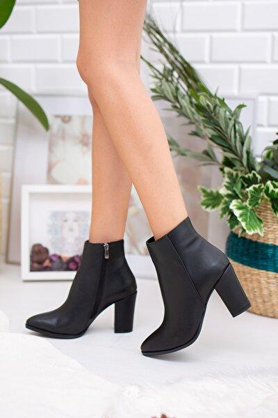 Kadın Siyah Topuklu Bot