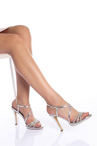 Kadın Gümüş Taşlı Abiye Ayakkabı