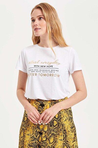 Kadın Beyaz Baskılı Kısa Kollu T-shirt L3268AZ.19SM.WT34