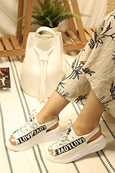 Kadın Beyaz Love Yazılı Günlük Sandalet
