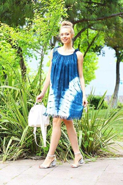 Kadın Lacivert İp Askılı V Desenli Batik Elbise
