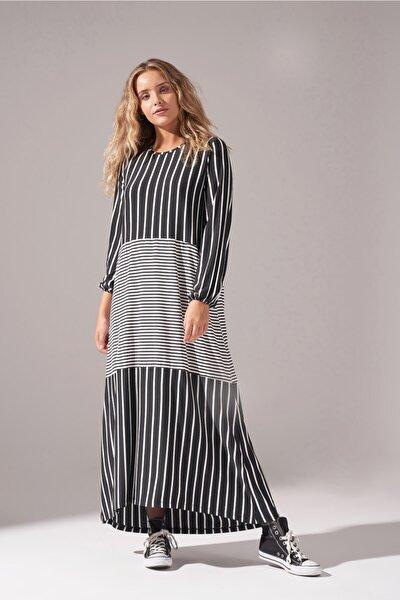 Kadın Siyah Çizgi Parçalı Örme Elbise