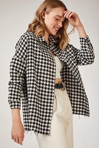 Kadın Siyah Beyaz Kazayağı Desenli Oversize Ceket Gömlek DD00737