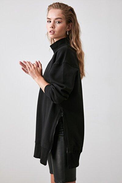 Siyah Fermuar Detaylı Oversize Örme Sweatshirt TWOAW20SW0322