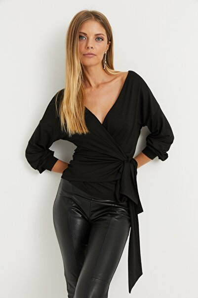 Kadın Siyah Kruvaze Bluz EY1050