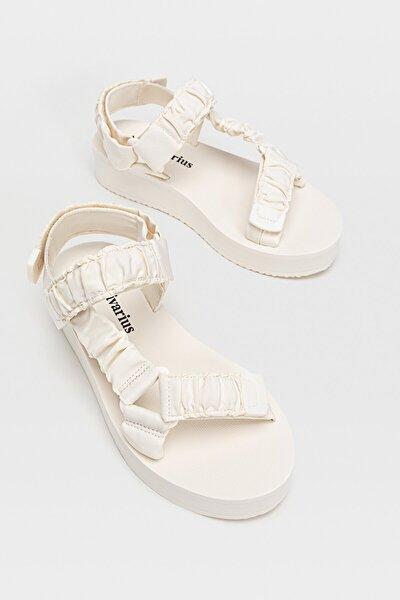 Kadın Ekru Düz Platform Sandalet