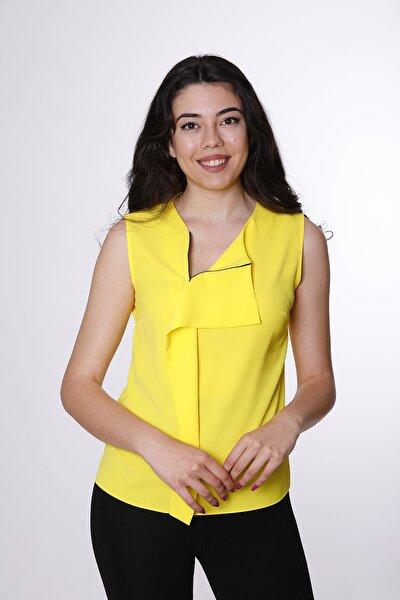Kadın, Yakada Pile Ve Fermuar Detaylı Sarı Bluz