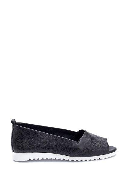 Kadın Siyah Renkli Burnu Açık Deri Ayakkabı