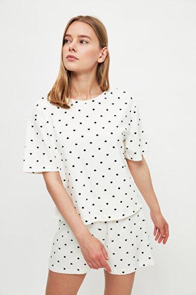 Beyaz Kalp Desenli Örme Pijama Takımı THMSS21PT1485