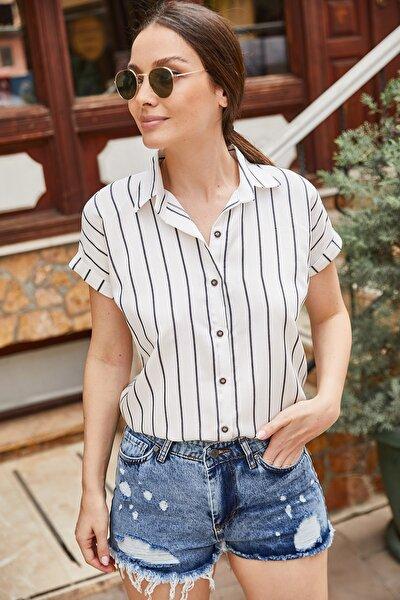 Kadın Siyah Çizgili Kısa Kol Gömlek ARM-19Y001067