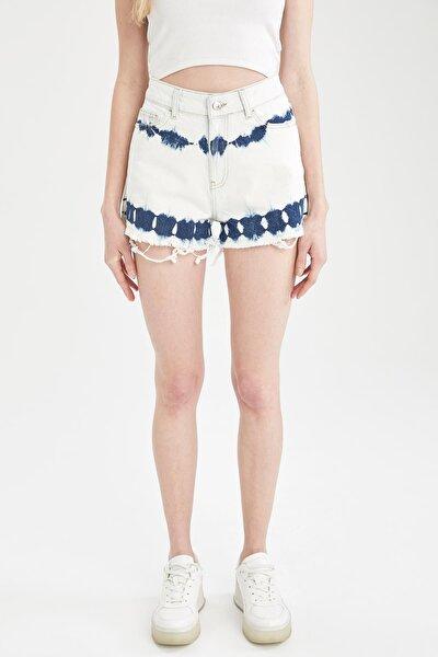 Kadın Mavi Batik Yüksek Bel Yırtık Detaylı Jean Mini Şort U2961AZ21SMNM