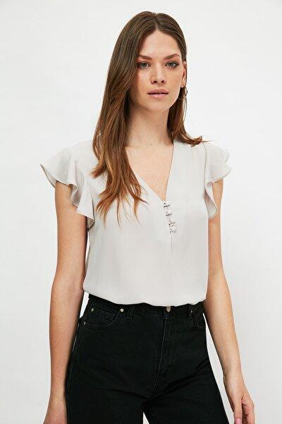 Gri Düğme Detaylı Bluz TWOSS20BZ0894