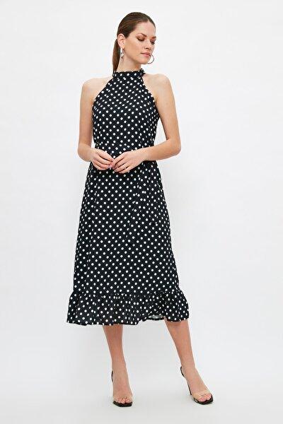 Çok Renkli Kuşaklı Puantiyeli Elbise TWOSS19YD0032