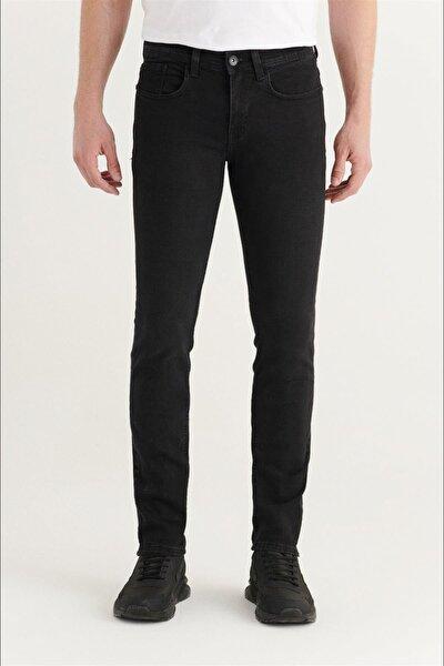 Erkek Siyah Slim Fit Jean Pantolon E003512