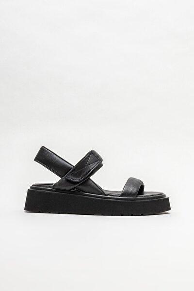 Siyah Deri Kadın Spor Sandalet
