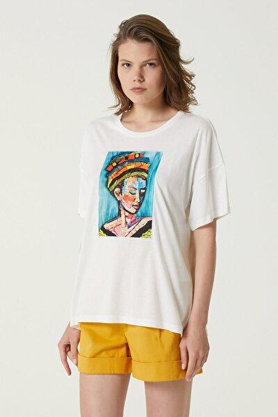 Kadın Geniş Fit Beyaz Baskılı T-shirt 1079942