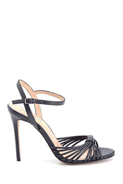Kadın Siyah Yüksek Topuklu Deri Sandalet