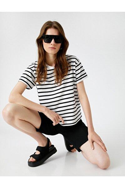 Kadın Siyah Çizgili T-Shirt