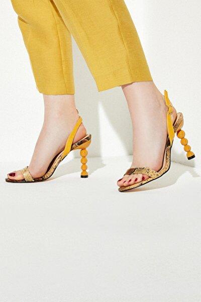 Kadın Ahşap Misket Topuklu Sandalet