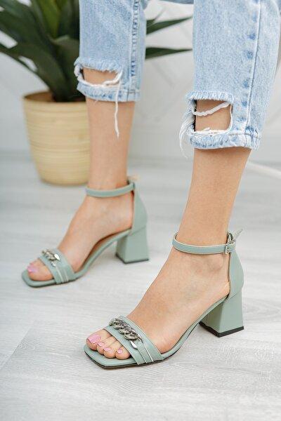 Kadın Zincirli Topuklu Ayakkabı Md1061-119-0003