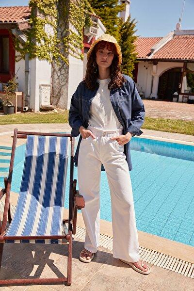 Beyaz Yüksek Belli Lastikli Wide Leg Jeans TCTSS21JE0638