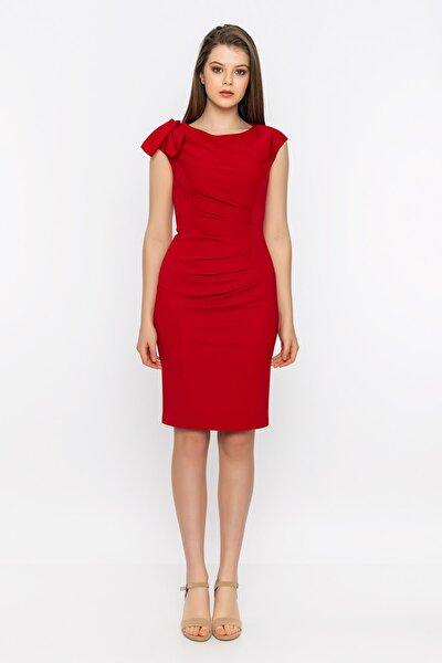 Tek Omuz Fırfırlı Gizli Fermuarlı Yırtmaçlı Kırmızı Elbise