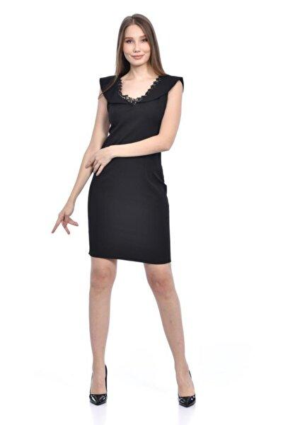 V Yaka Dantel Detaylı Siyah Abiye Elbise